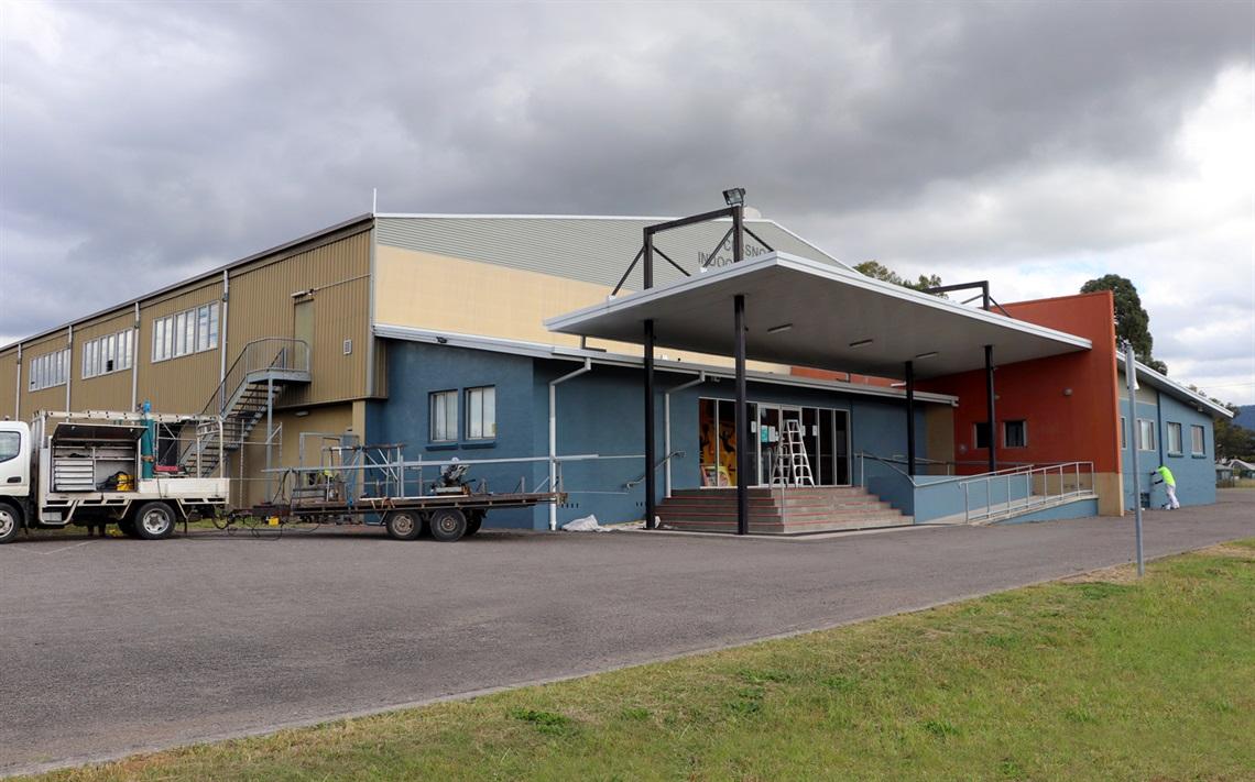 Exterior or Cessnock Civic Indoor Sports Centre