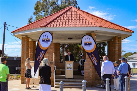 Image of Mayor Bob Pynsent speaking at the official opening ceremony of the Branxton Town Centre upgrades