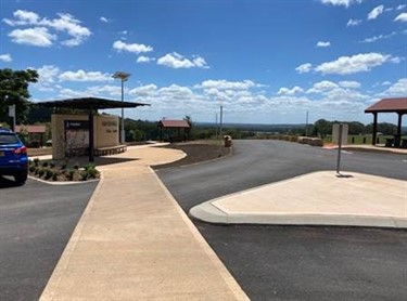 Completed Information bay and parking facilities at Pokolbin Park
